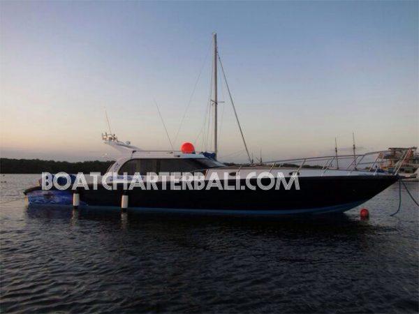 Boat Charter Bali Fishing